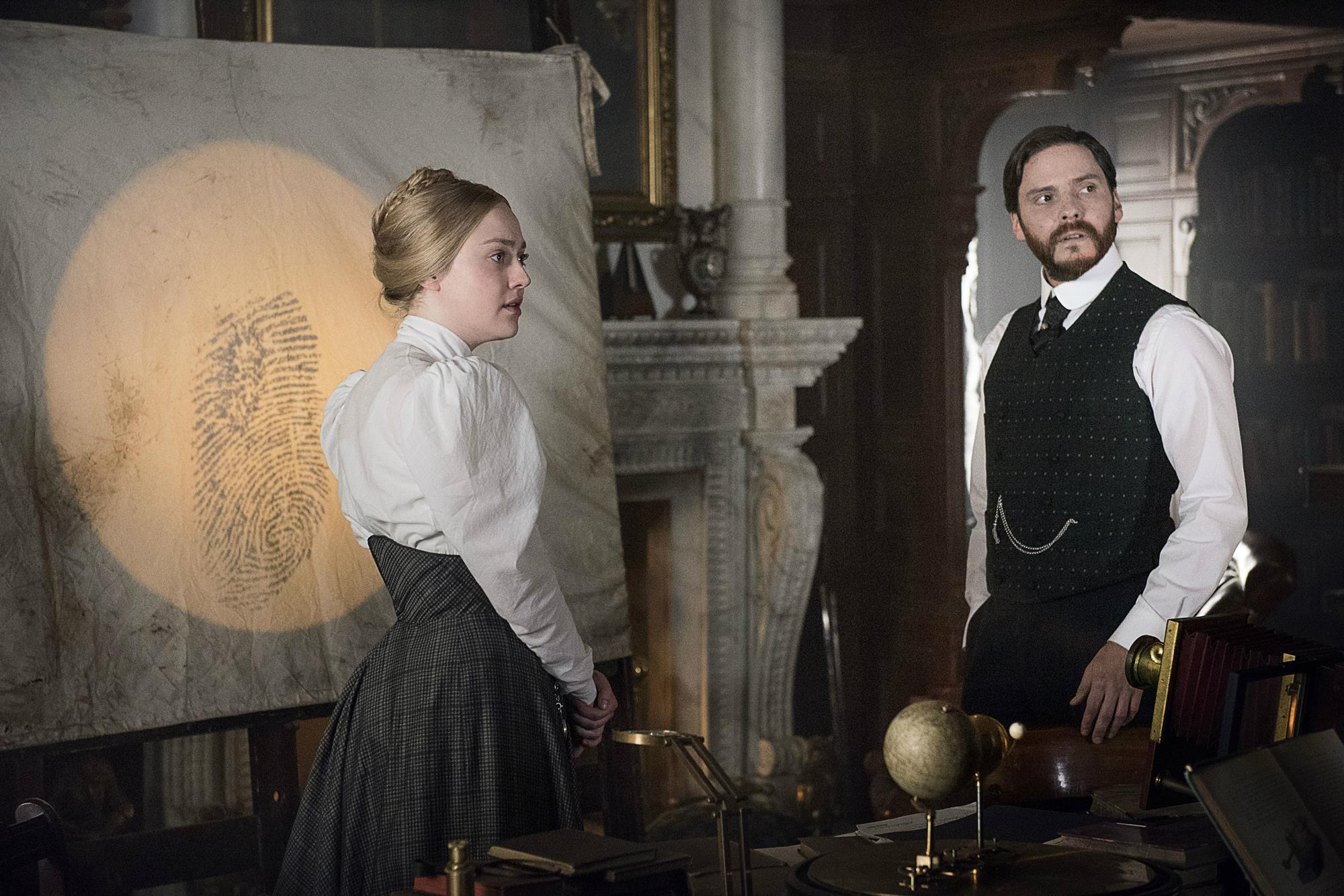 """The Alienist Season 2"" Is Finally Releasing On Netflix For International Audience"